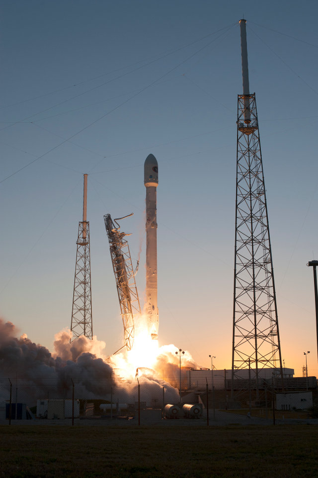 The DSCOVR satellite lifting off atop a Falcon 9 rocket (Photo NASA/Tony Gray and Tim Powers)