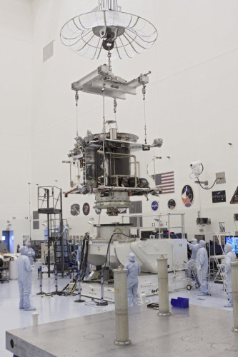 The MAVEN space probe during its test phase at Kennedy Space Center (Photo NASA/Jim Grossmann)