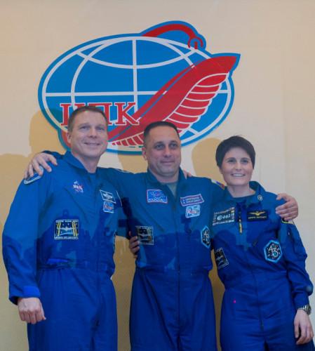 Terry Virts, Anton Shkaplerov and Samantha Cristoforetti during a press conference on November 22, 2014 (Photo ESA–S. Corvaja)