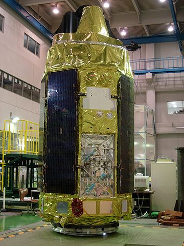 The Astro-E2, then renamed Suzaku, satellite during its test phase (Photo NASA)