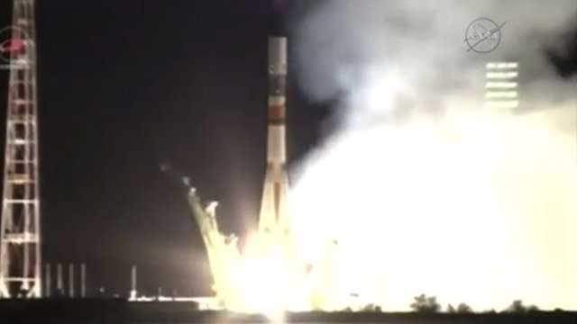 The Progress M-29M space cargo ship blasting off atop a Soyuz U rocket (Image NASA TV)
