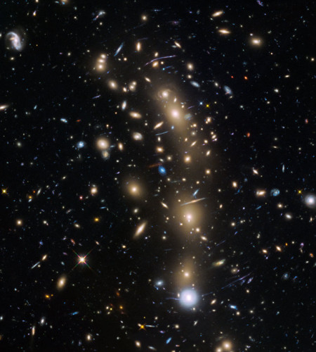 The galaxy cluster MACS J0416.1–2403 observed by the Hubble Space Telescope (Image NASA, ESA and the HST Frontier Fields team (STScI))