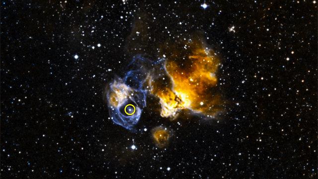 The supernova remnant DEM L241 with the gamma-ray binary LMC P3 in the circle (Image X-ray: NASA/CXC/SAO/F. Seward et al; Optical: NOAO/CTIO/MCELS, DSS)