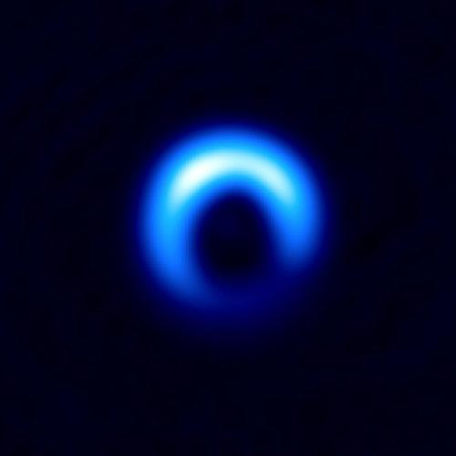 Protoplanetary disk in the HD 142527 system (Image ALMA (ESO/NAOJ/NRAO), Kataoka et al.)
