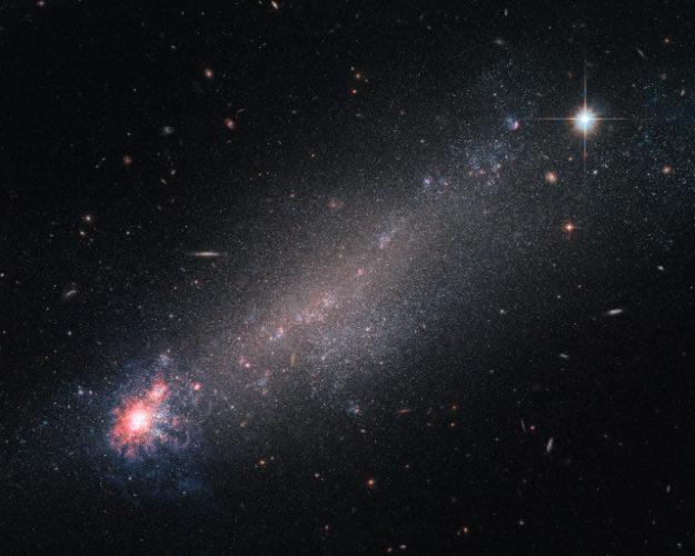 NGC 4861 (Image ESA/Hubble & NASA)