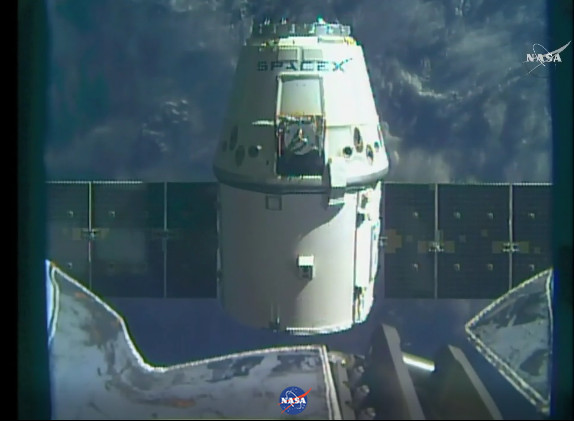 The Dragon space cargo ship right after departing the International Space Station (Image NASA TV)The Dragon space cargo ship right after departing the International Space Station (Image NASA TV)