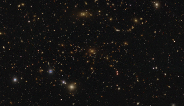 A HSC-SSP image of a galaxy cluster (Image NAOJ/HSC Project)