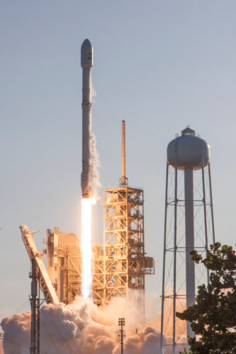 The Falcon 9 rocket with a reused first stage blasting off (Photo SpaceX)