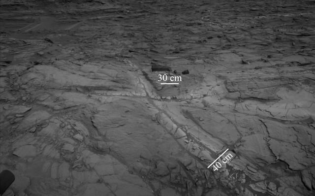 Halos in Martian silica (Image NASA/JPL-Caltech)
