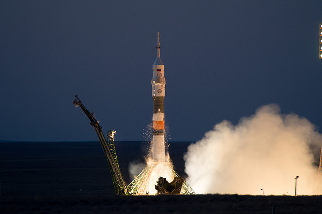 The Soyuz MS-05 spacecraft blasting off atop a Soyuz rocket (Photo ESA-Manuel Pedoussaut)