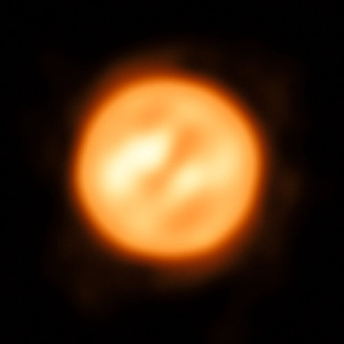 Antares seen by VLTI (Image ESO/K. Ohnaka)