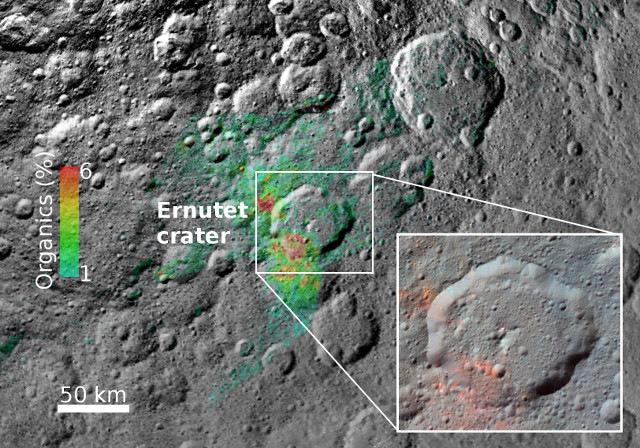 The Ernutet crater and the organic materials (Image NASA/JPL-Caltech/UCLA/ASI/INAF/MPS/DLR/IDA)