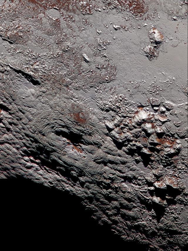 Wright Mons on Pluto (Image NASA/JHUAPL/SwRI)