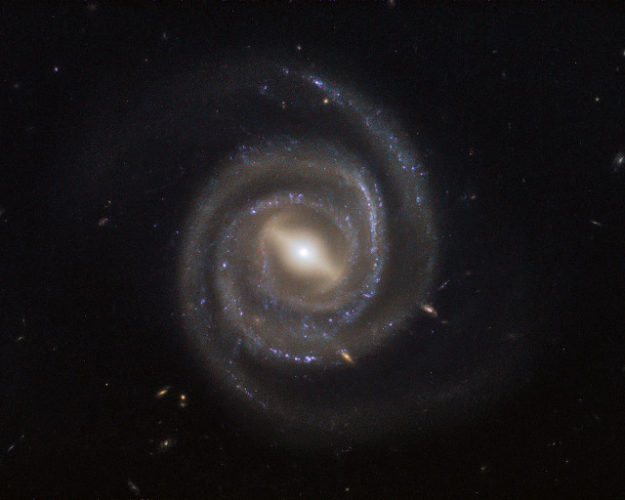 The galaxy UGC 6093 (Image ESA/Hubble & NASA)