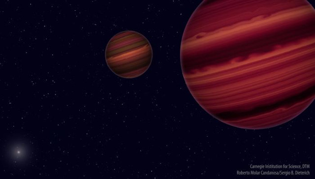 Two objects in the Epsilon Indi system at the limit between star and brown dwarf