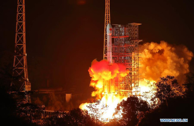 The Long March 3B rocket blasting off starting the Chang'e 4 mission (Photo courtesy Xinhua)