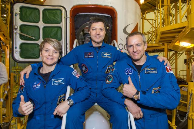 Anne McClain, Oleg Kononenko and David Saint-Jacques (Photo NASA/Victor Zelentsov)