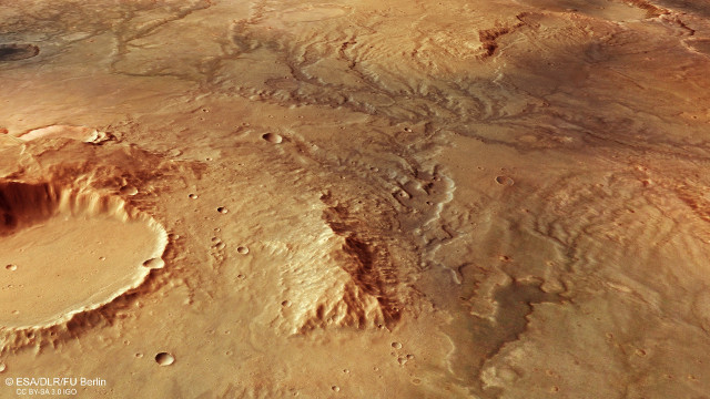 Perspective view of ancient river valley network on Mars (Image ESA/DLR/FU Berlin, CC BY-SA 3.0 IGO)