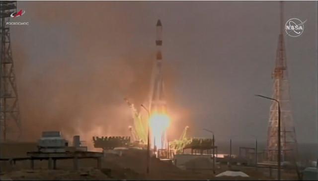 The Progress MS-16 spacecraft blasting off atop a Soyuz-2.1a rocket (Image NASA TV)