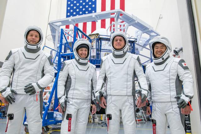 Thomas Pesquet, Megan McArthur of NASA, Shane Kimbrough, and Akihiko Hoshide (Photo courtesy SpaceX)