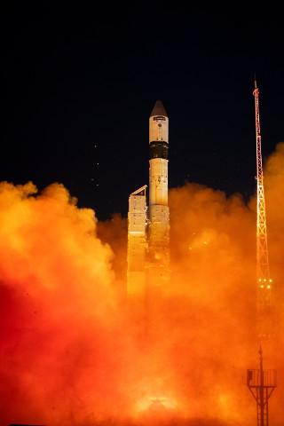 The Sentinel-3B satellite blasting off atop a Rockot rocket (Photo ESA - S. Corvaja)
