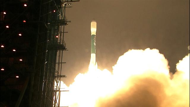 ICESat-2 satellite blasting off atop a Delta II rocket (Image NASA TV)