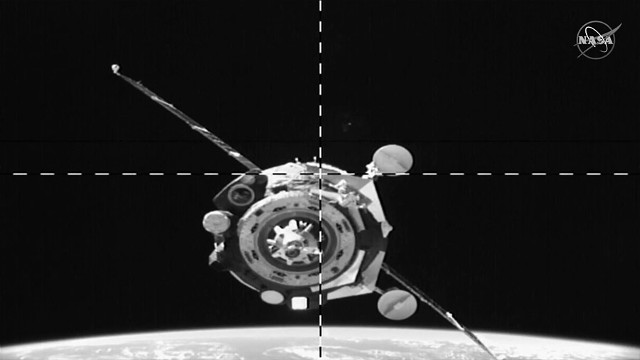 The Soyuz MS-15 spacecraft approaching the International Space Station (Photo NASA/Bill Ingalls)