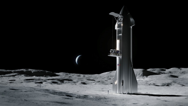 Artist's concept of Starship with lander on the Moon (Image courtesy SpaceX)