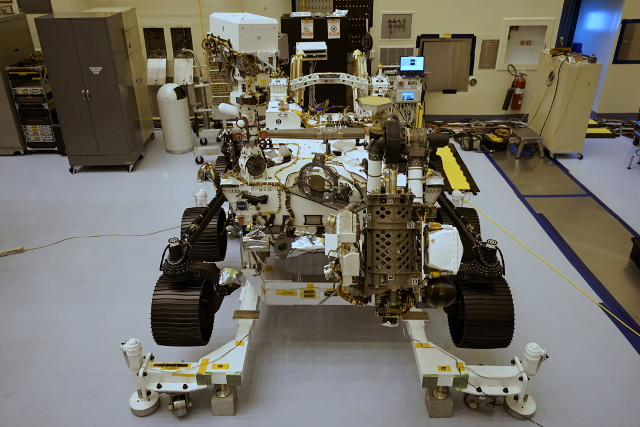 The Mars Rover Perseverance during the preparation phase (Photo NASA/JPL-Caltech)
