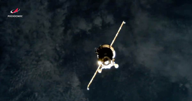 Progress MS-16 spacecraft approaching the International Space Station (Image courtesy Roscosmos)